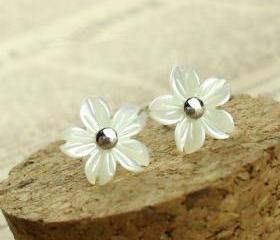 Flower Shape Seashell Studs for Women