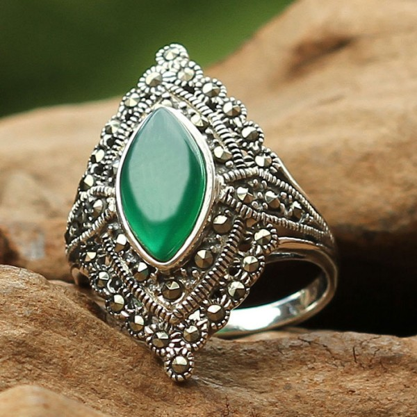 Vintage Style Marquise Shape Green Agate 925 Sterling Silver Ring on ...